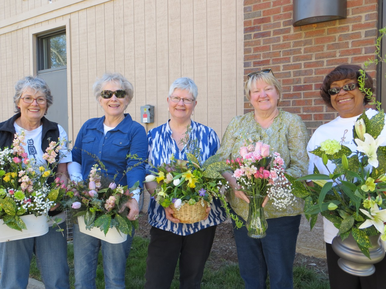 Members of the Flower Guild on their favorite flower day!